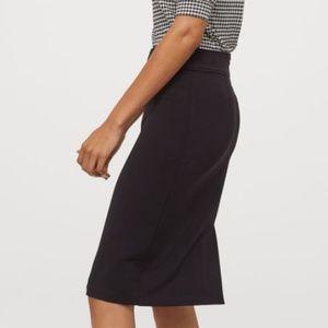 NWT H&M Black Pencil Skirt - Size 12 - New